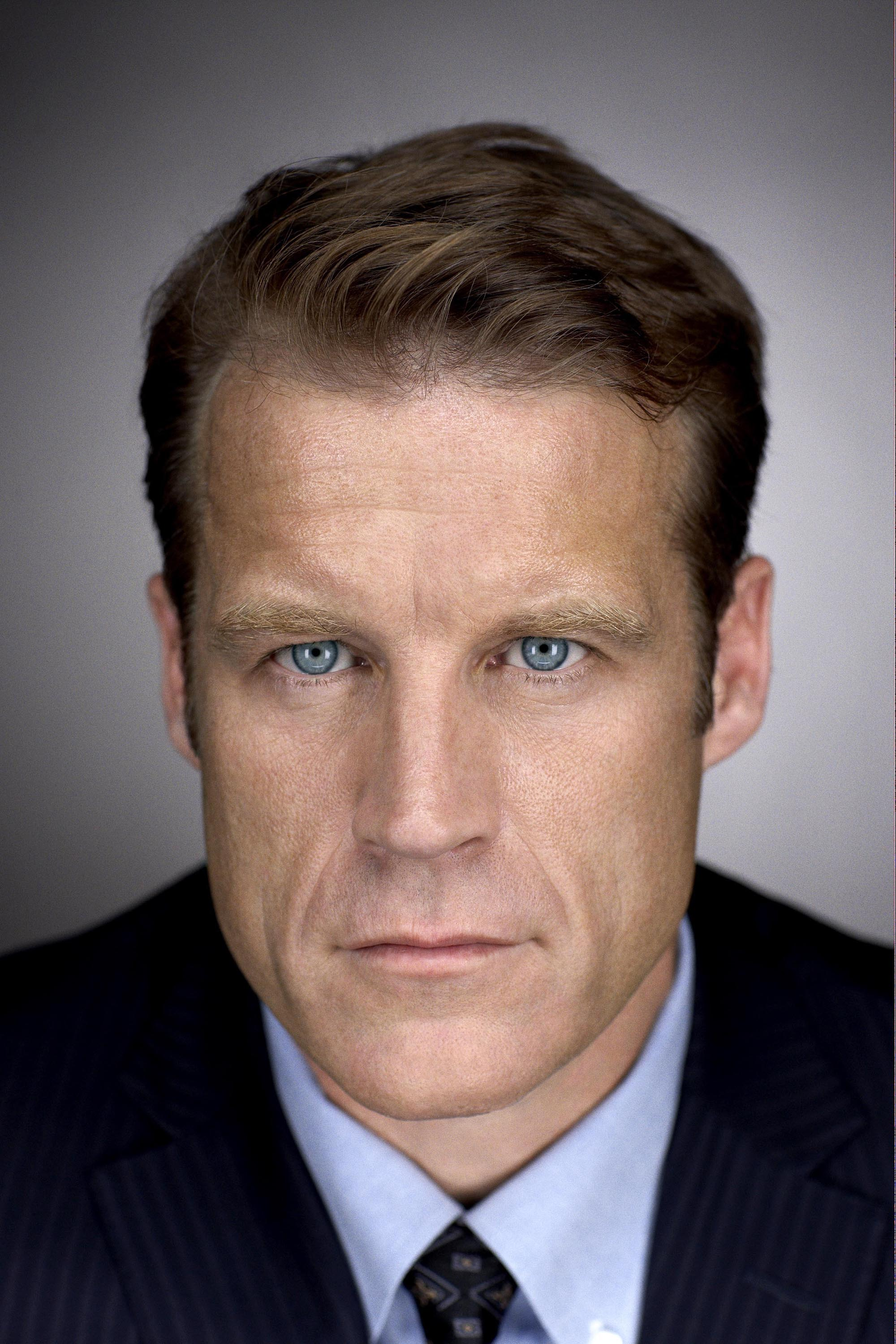 FRINGE: John Scott (Mark Valley) is entangled in a disturbing pattern that blurs the line between the possible and the impossible on FRINGE premiering Tuesday, Sept. 9 (8:00-9:30 PM ET/PT) this fall on FOX. ©2008 Fox Broadcasting Co. Cr: George Holz/FOX